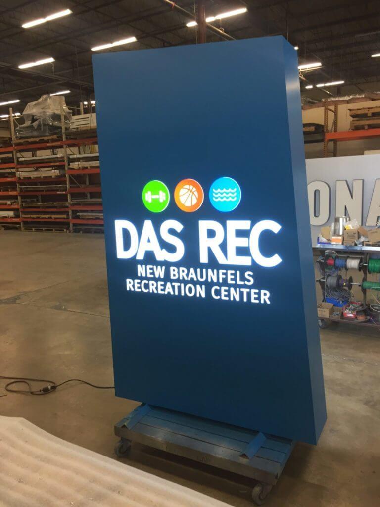 DAS-Rec1_Monument-Sign-2