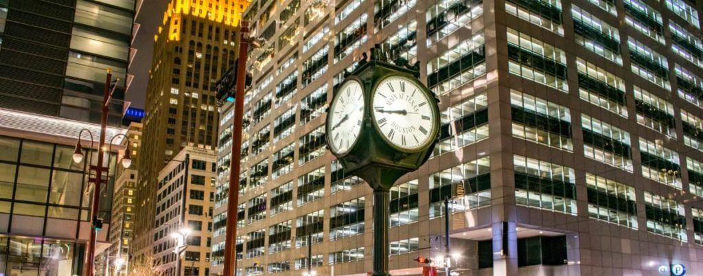 Daylight Saving time - Keep Lights Bright